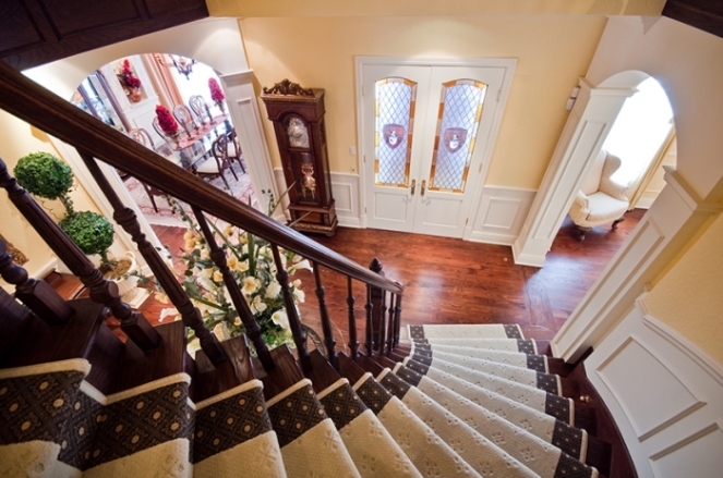 staircase-nuns-manor-jpg